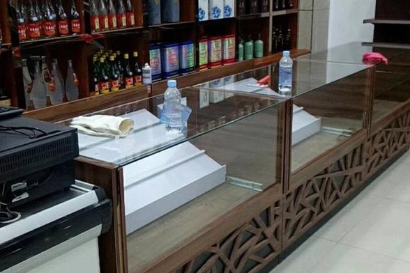 高档红酒木质展示柜